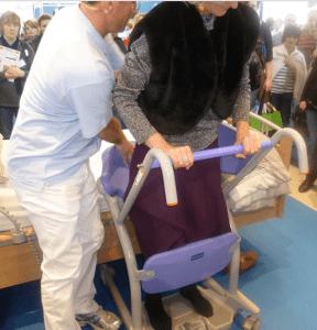Работа медсестры в домах престарелых в москве хоспис для лежачих больных бесплатный
